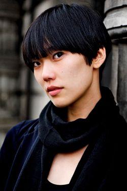 Trendy short black hairstyle