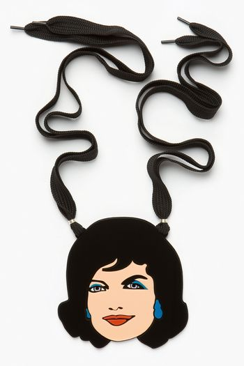 2-incognito-jacky.o-necklace-yazbukey-fashion-plexi